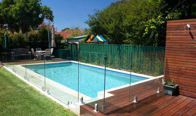 pool fencing in melbourne2