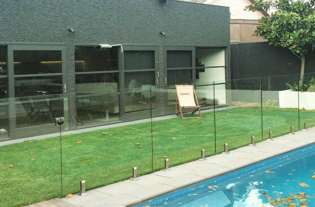pool fencing in melbourne3