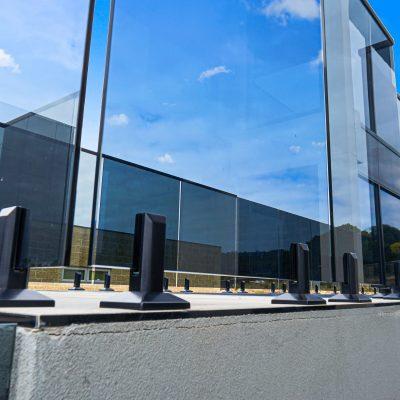 home-Frameless Glass